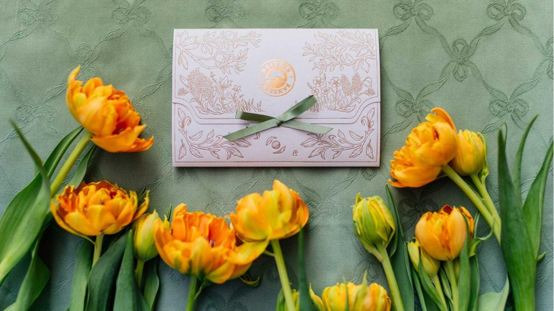 Reserve Gutschein mit gelben Tulpen