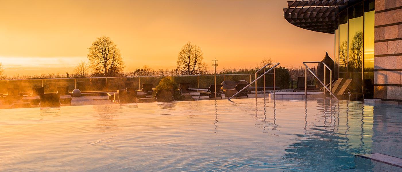 Pleasure Pool bei Sonnenuntergang im Winter