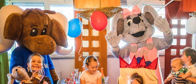 Maskottchen Kasimir und Lilly feiern Geburtstag