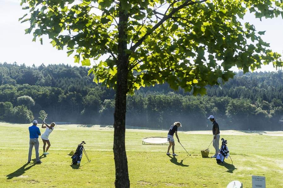 Golfer am Golfplatz